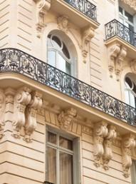 Nieruchomości komercyjne, kamienice, budynki mieszkalne