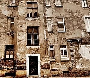 Kamienice zagrożone katastrofą budowlaną